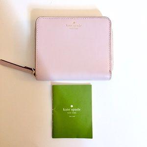 ♠️ Kate Spade darci bi-fold wallet dusty peony
